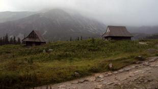 Alarmy przed opadami w górach